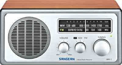 Sangean Wooden Radio Valnöt